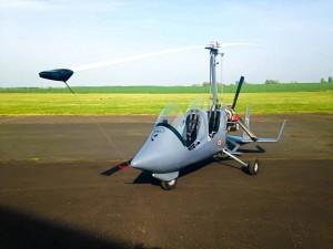 CAP-ULM -autogire-autogyre -gyrocoptère-gyro-giro-autogiro-petit hélicoptère