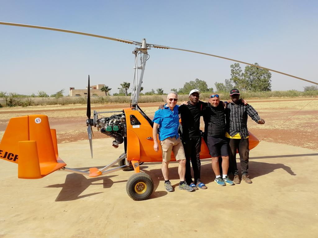 Stages-de-pilotage-ULM-autogire-en-Afrique-au-Sénégal